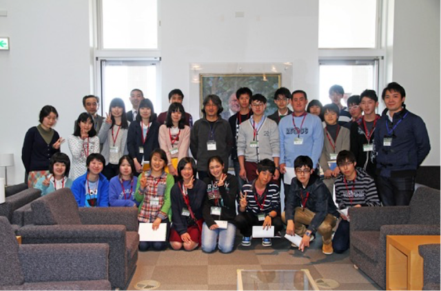 Science Camp 2015 group photo with Kavli IPMU Director Hitoshi Murayama.