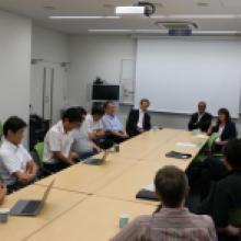 UC Santa Cruz Chancellor visits Kavli IPMU